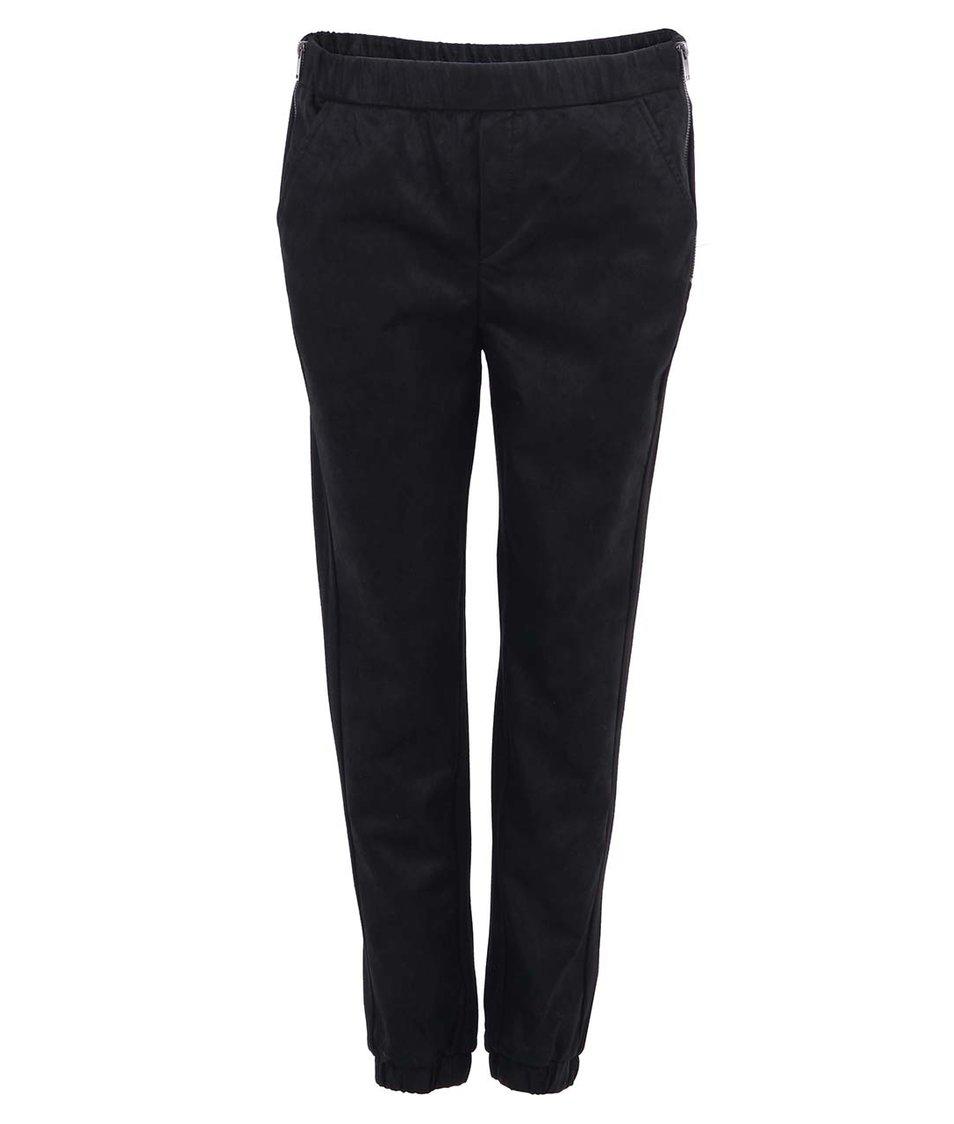 Černé koženkové volnější kalhoty ONLY Karma