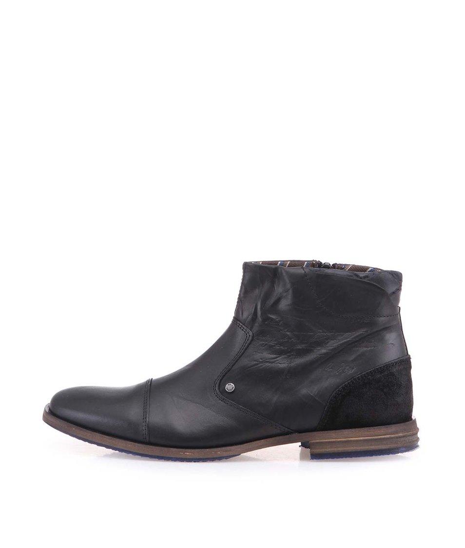 Černé pánské kožené kotníkové boty na zip s vyraženým textem Bullboxer