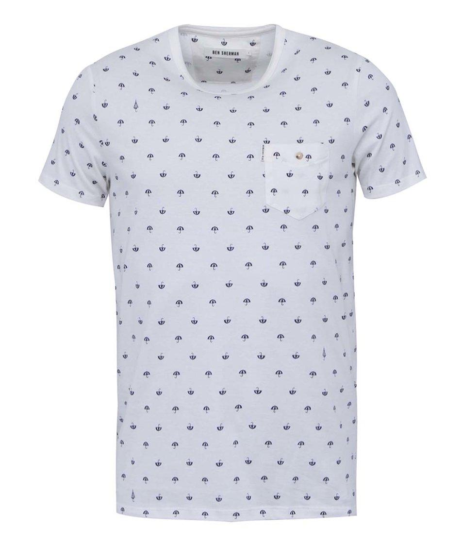 Krémové triko se vzorem deštníků Ben Sherman