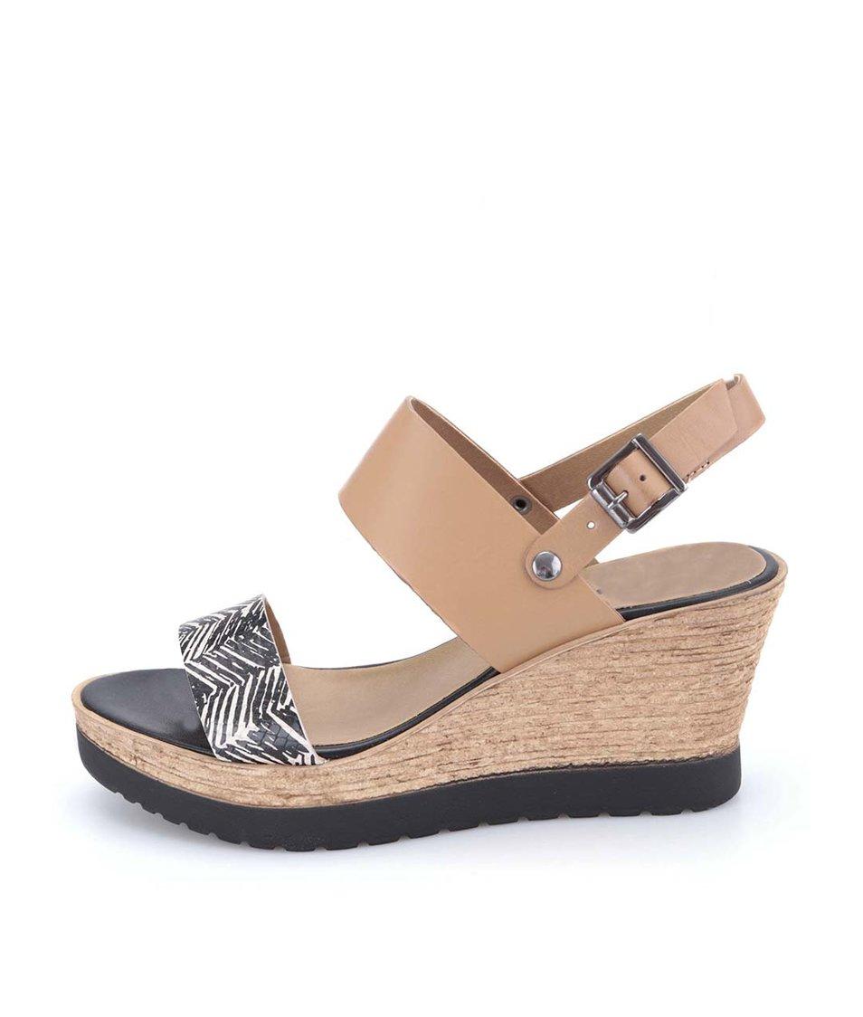 Černo-béžové kožené sandálky na klínu Tamaris