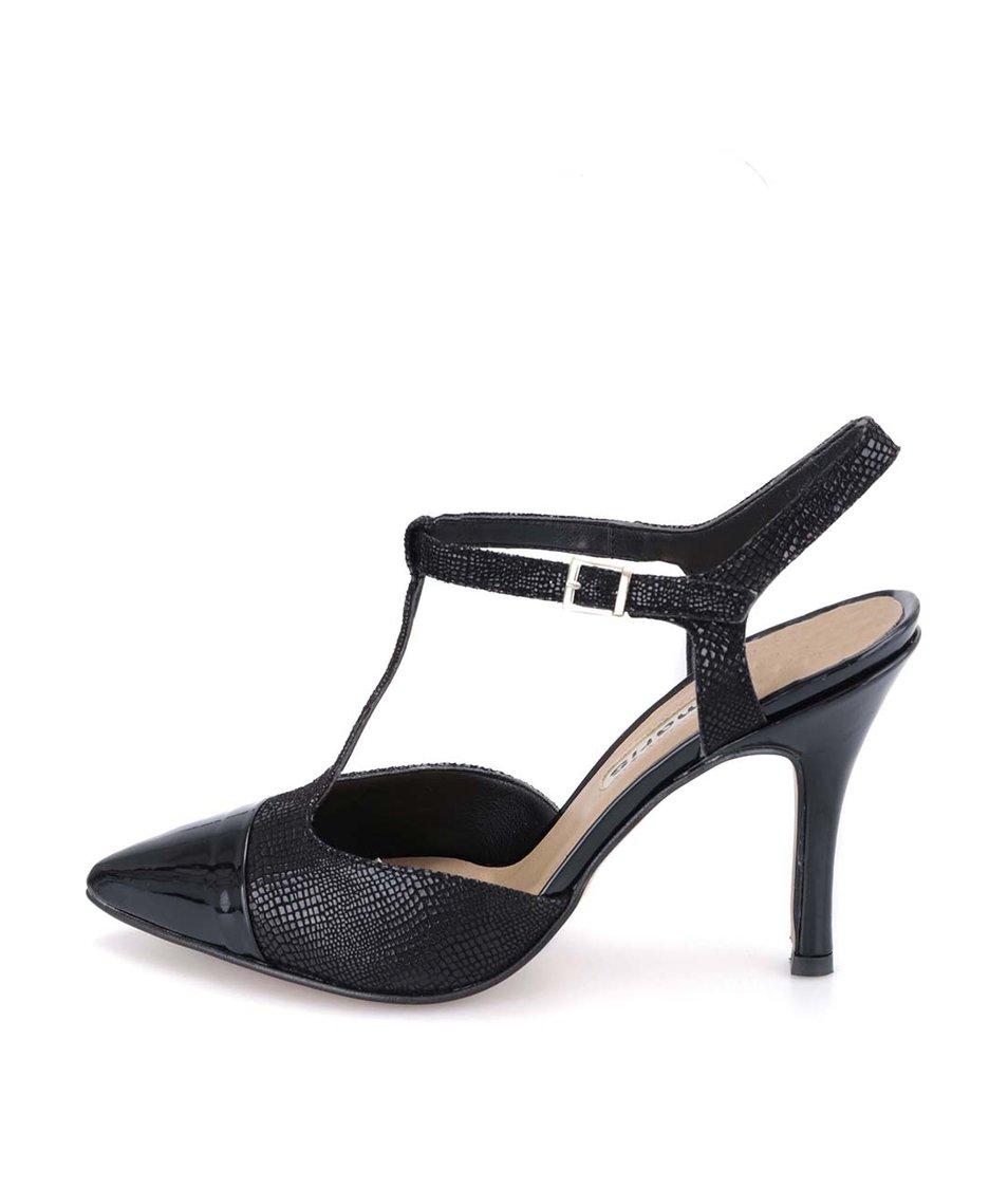 Černé kožené sandálky na podpatku s hadím vzorem Tamaris