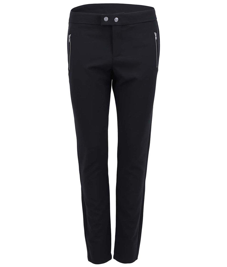 Černé kalhoty s knoflíky ve stříbrné barvě Vero Moda Sweety