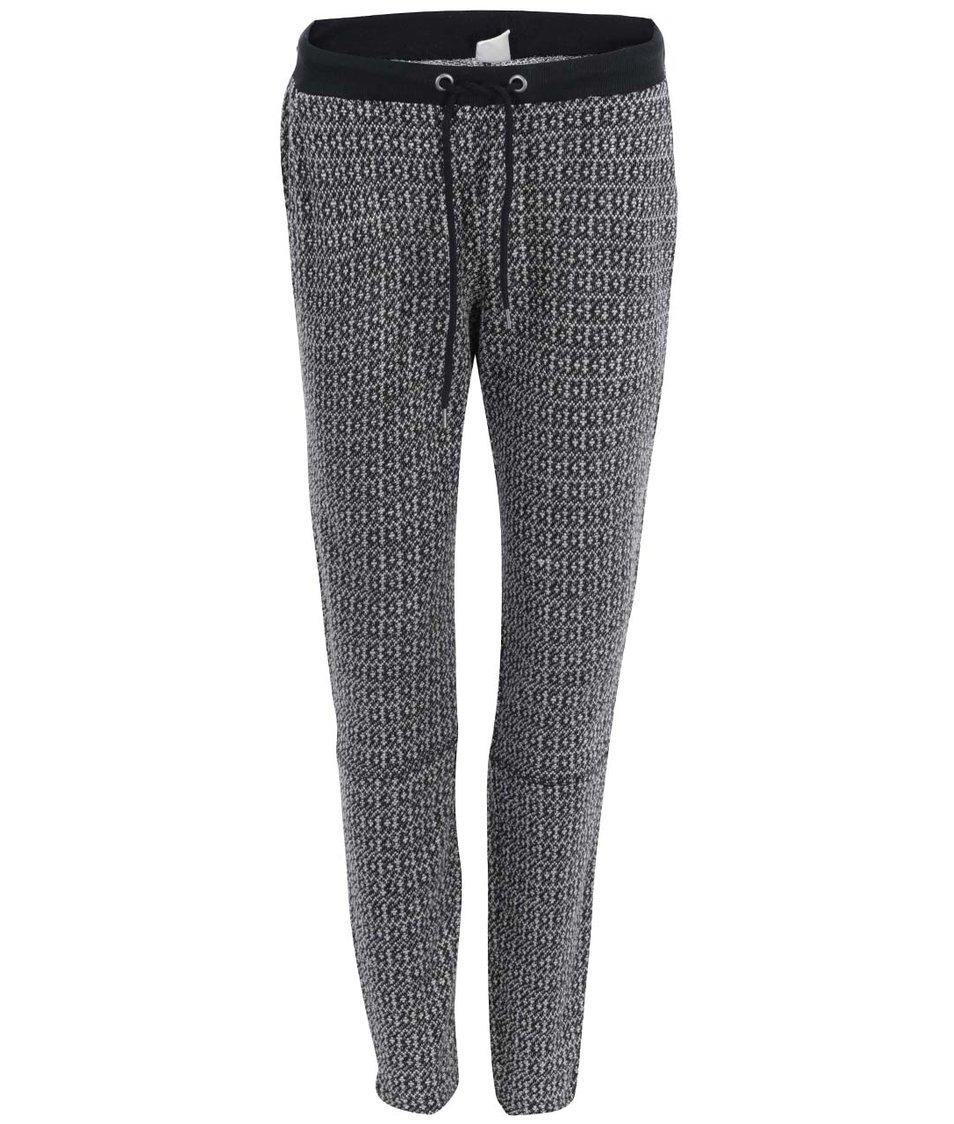 Černé teplákové kalhoty Vero Moda Ellen