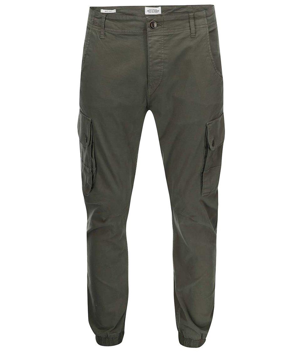 Tmavě zelené kapsáčové kalhoty Jack & Jones Paul