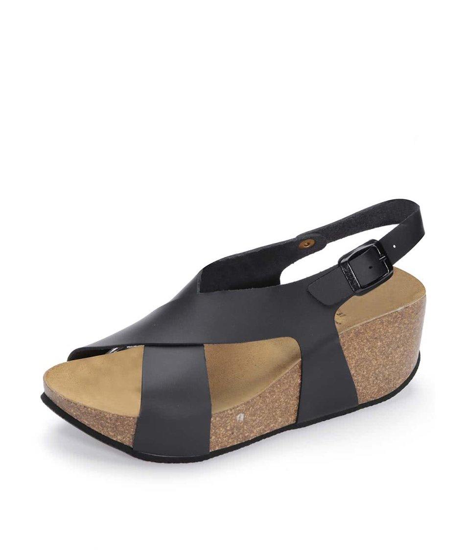 Černé matné sandálky na klínku OJJU