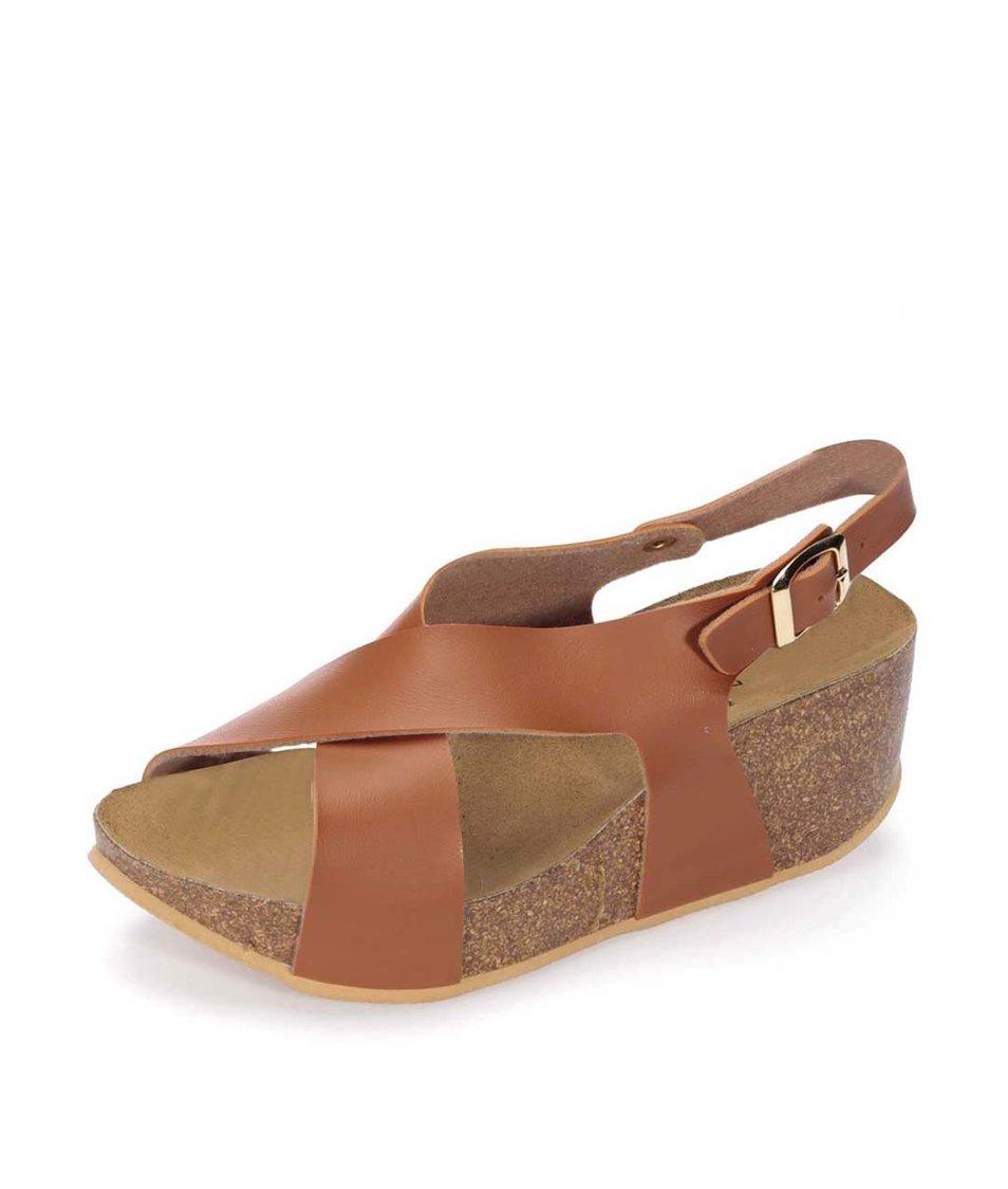 Hnědé matné sandálky na klínku OJJU