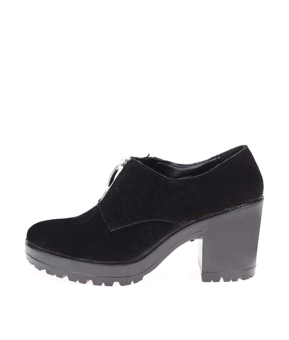 Černé kožené boty na podpatku Pieces Udele