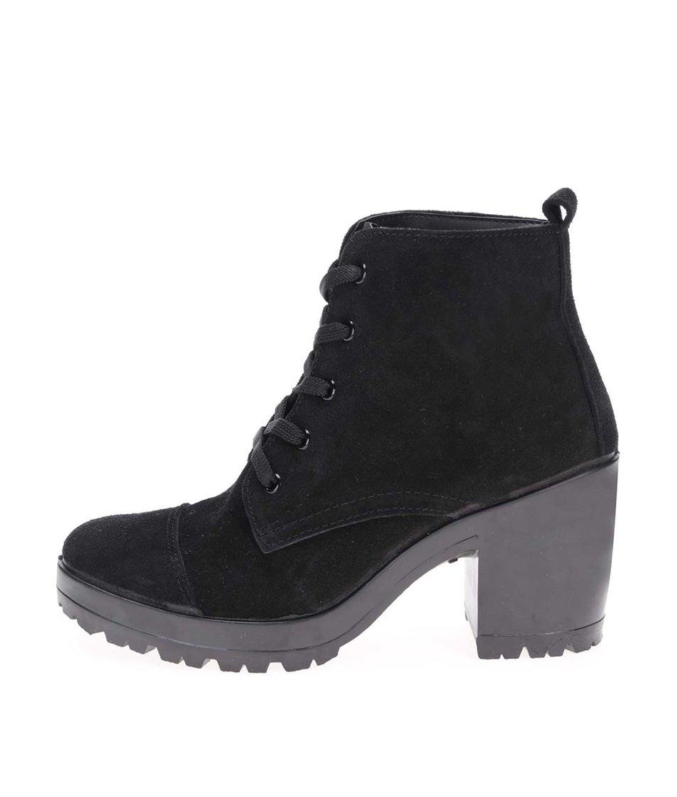 Černé kožené kotníkové boty na podpatku Pieces Udele