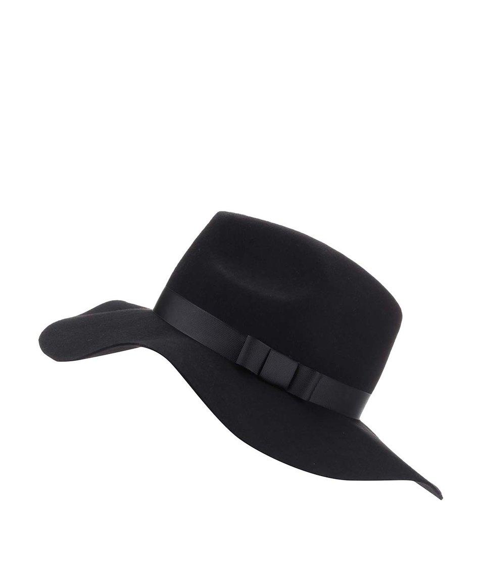 Černý klobouk s širokou krempou Vero Moda Tone