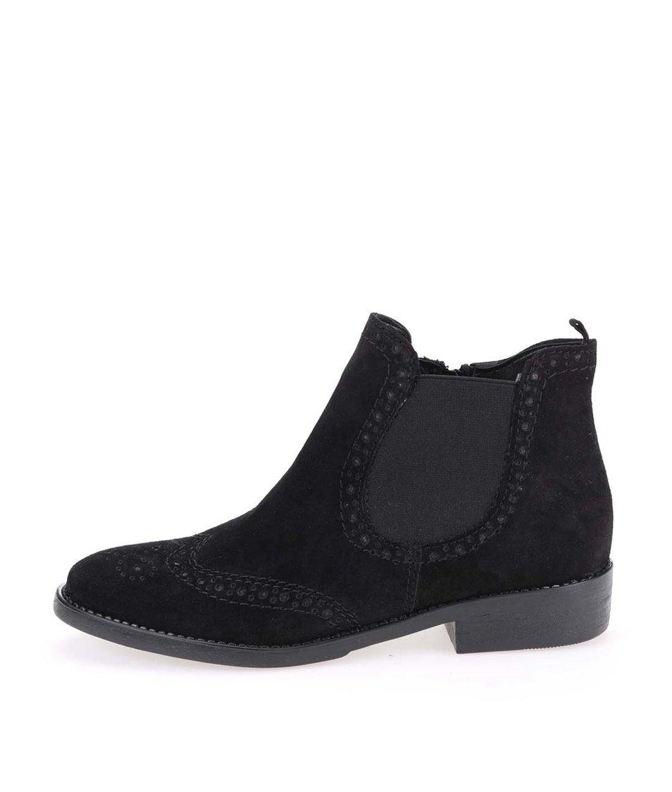 Černé kožené kotníkové brogue boty Tamaris