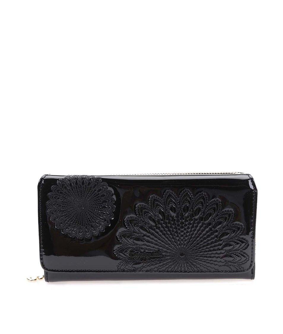 Černá velká lesklá peněženka s ornamenty Desigual Maria Kate