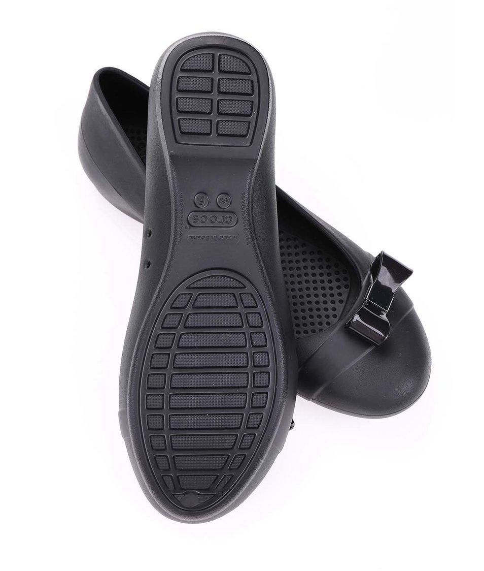 Černé balerínky s mašlí Crocs Gianna