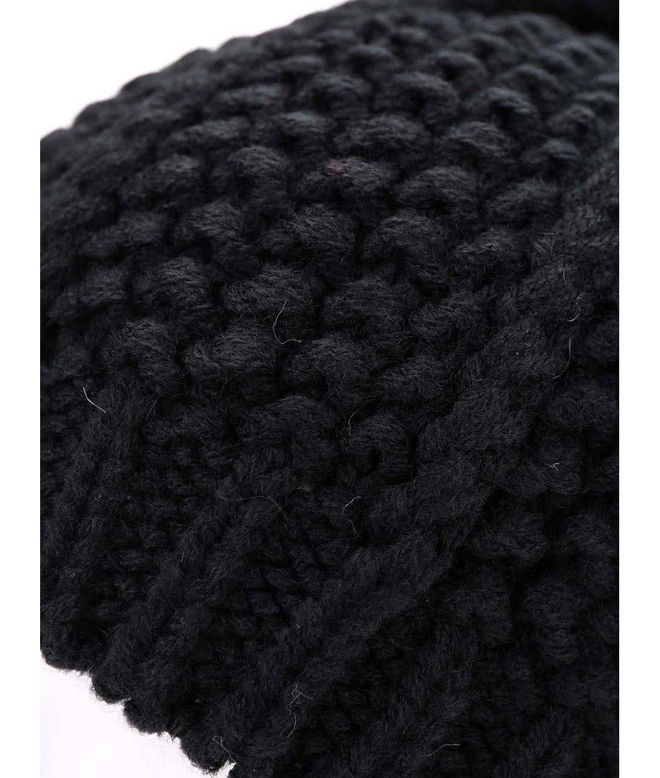 Černá čepice s bílou bambulí Pieces Ripster Hood