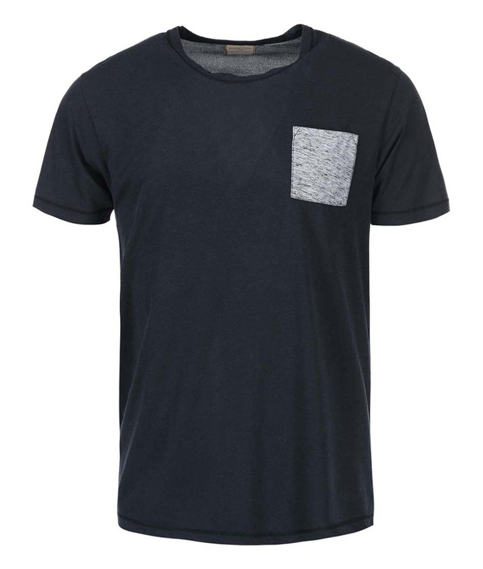 Tmavě šedé triko s kapsou Selected Chad