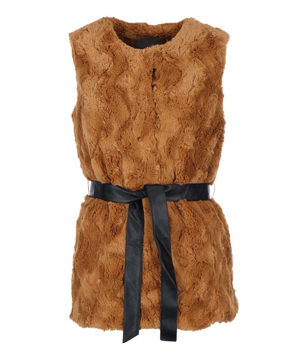 Hnědá kožešinová vesta s páskem Vero Moda Maina