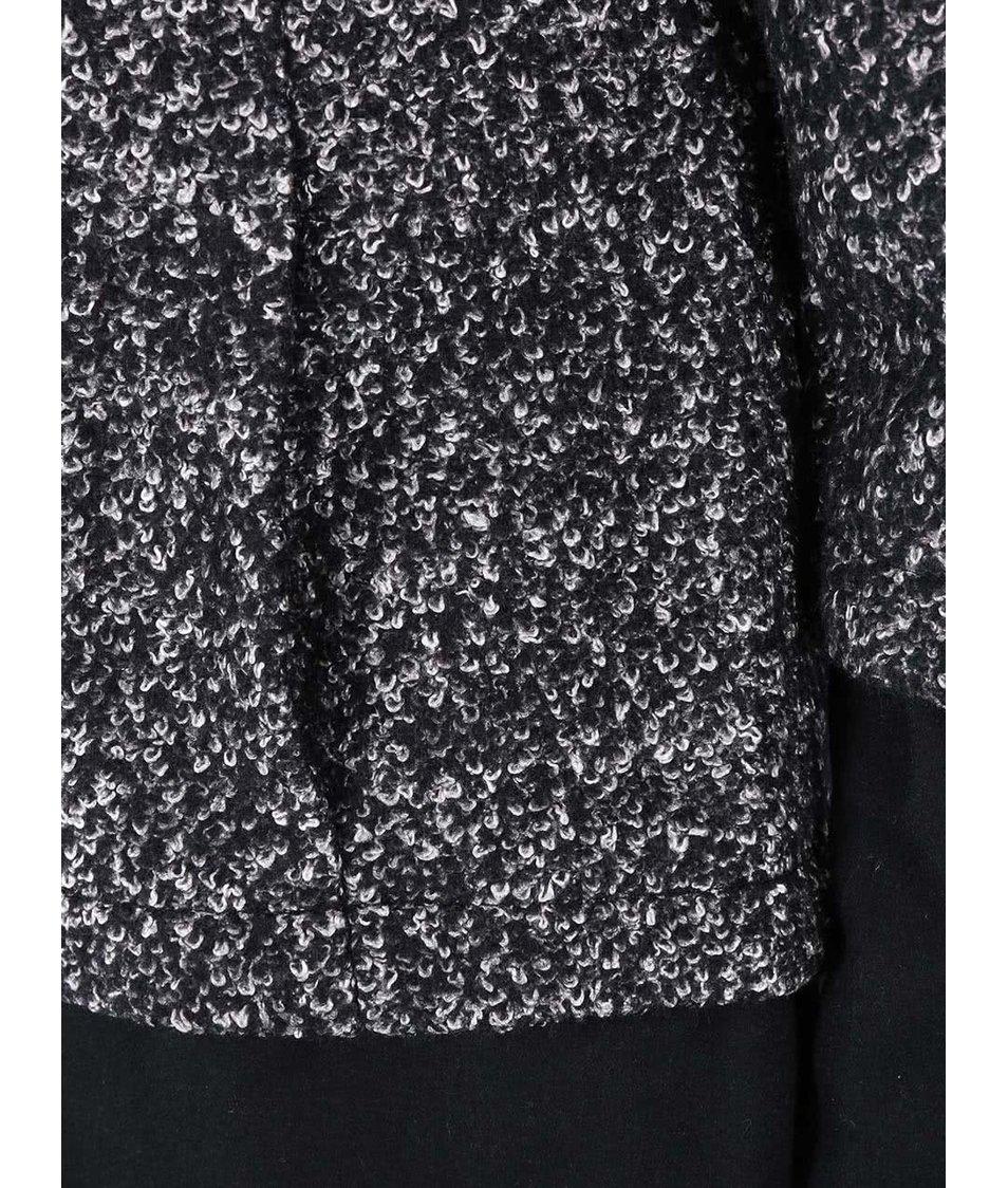 Černý kabát s bílým žíháním VILA Anna