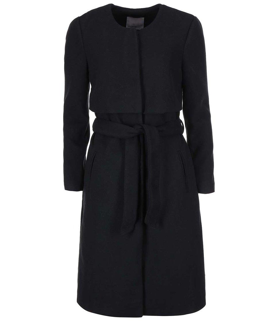 Černý dlouhý kabát Vero Moda Yoke