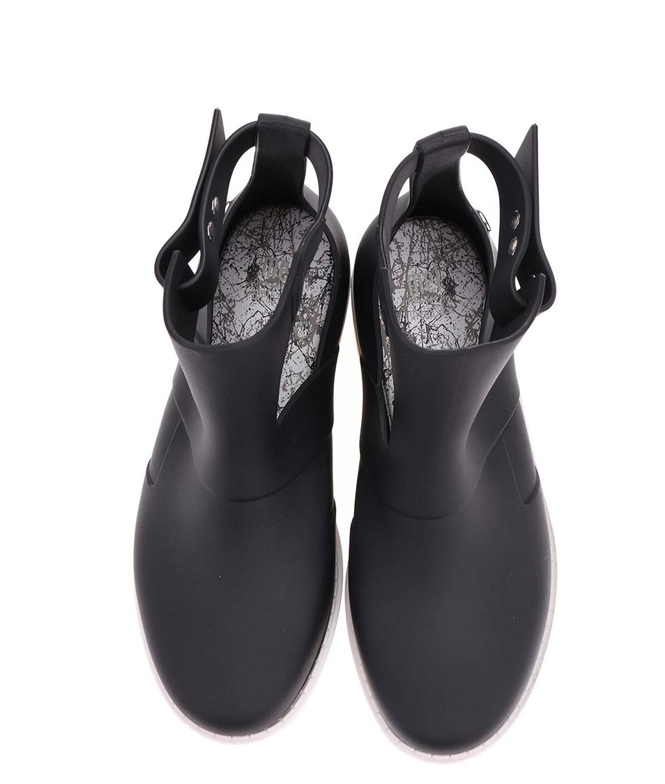 Černé otevřené kotníkové boty s bílou podrážkou Mel Open Boot