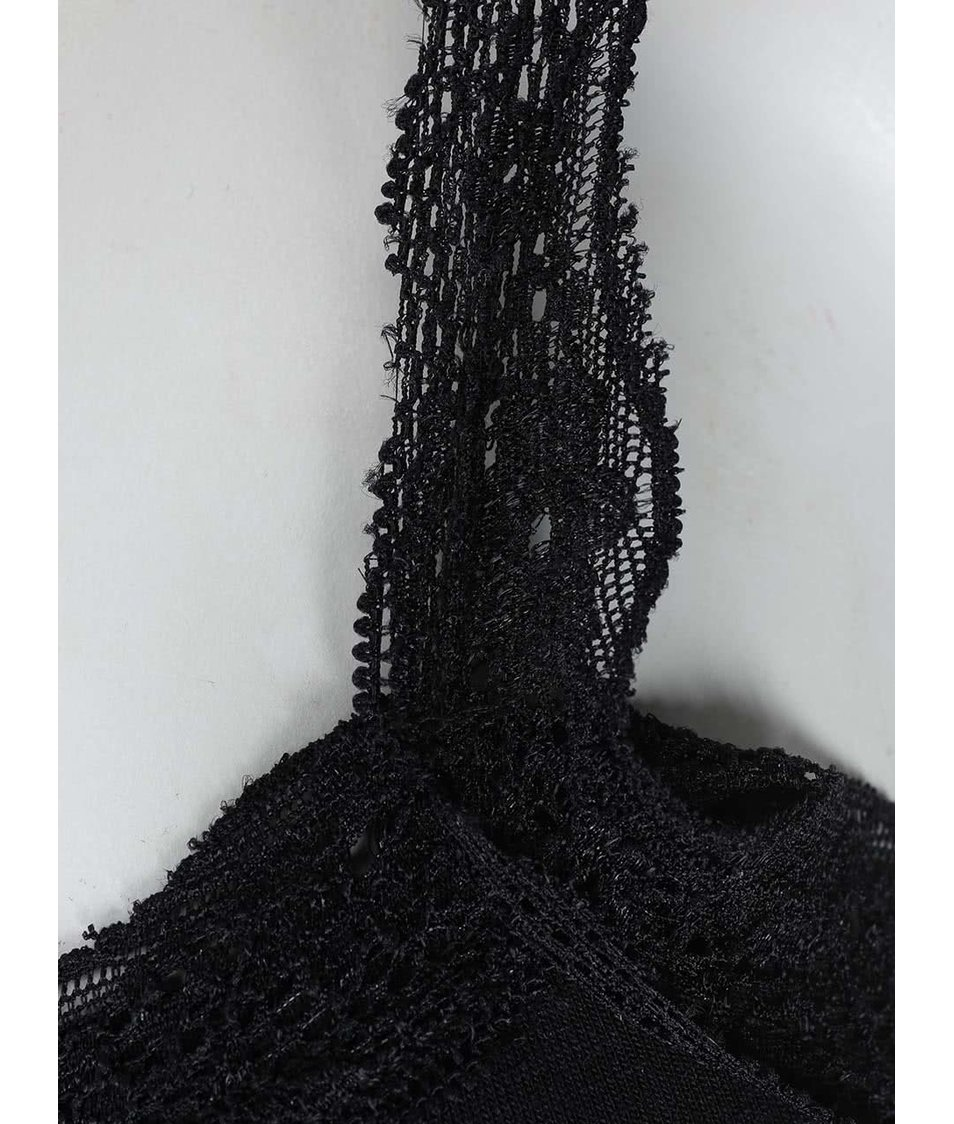 Černé tílko s krajkovými lemy Haily´s Tessa