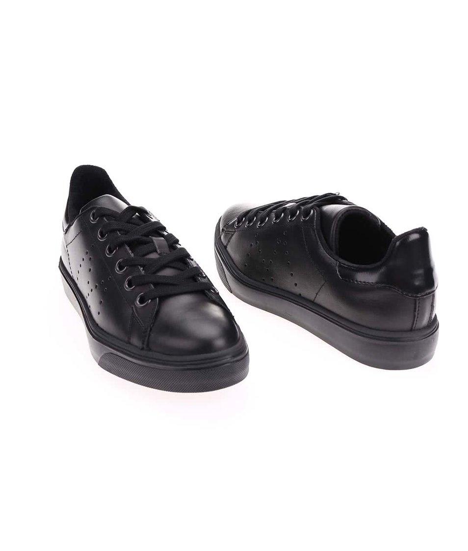 Černé kožené tenisky Tamaris