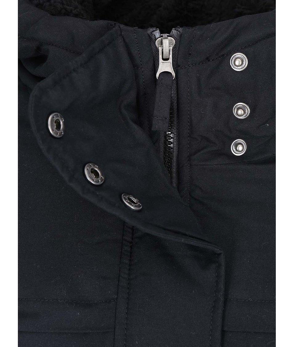 Černá parka s kapucí Vero Moda One