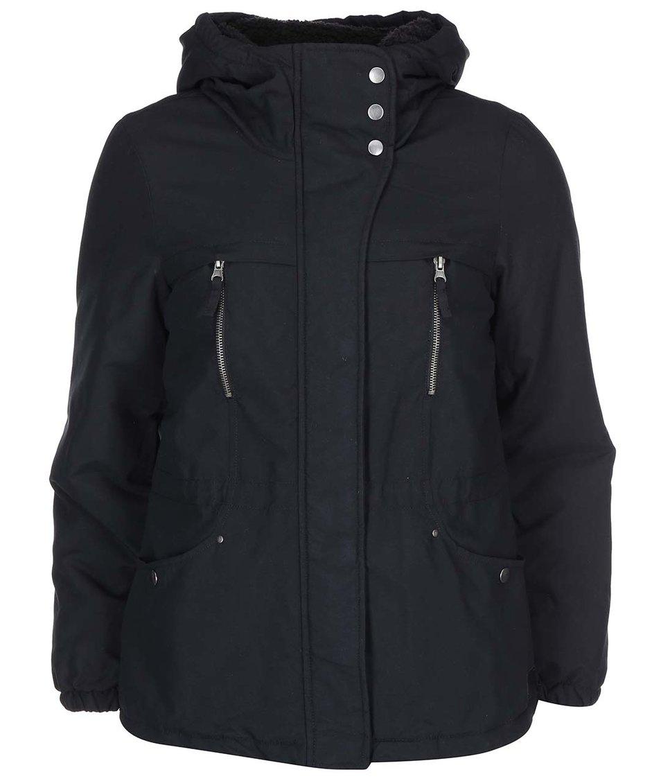 Černá kratší parka s kapucí Vero Moda One