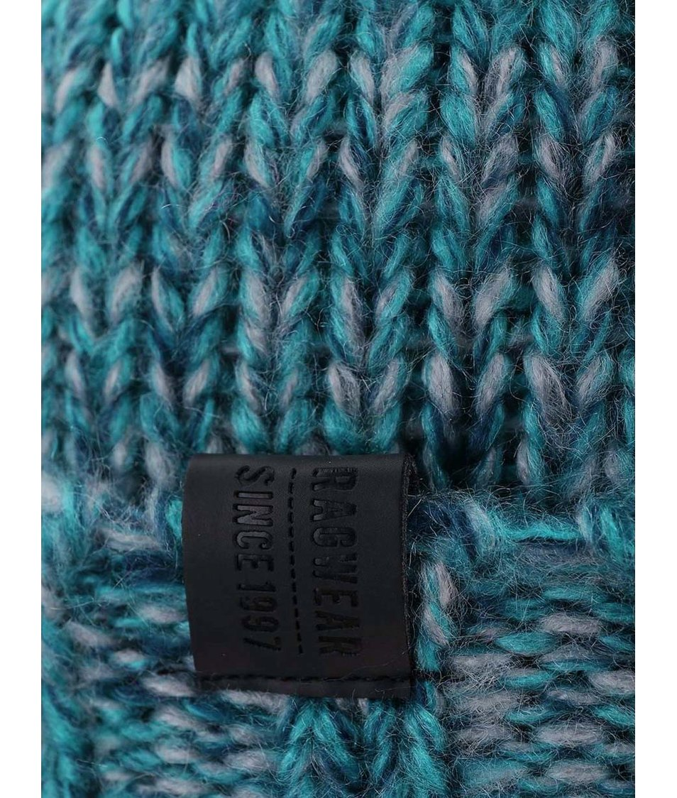 Modrá dámská čepice s bambulemi  Ragwear Sky