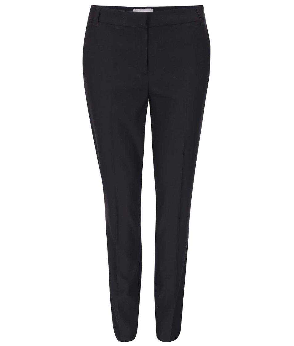 Černé kalhoty Vero Moda Roro
