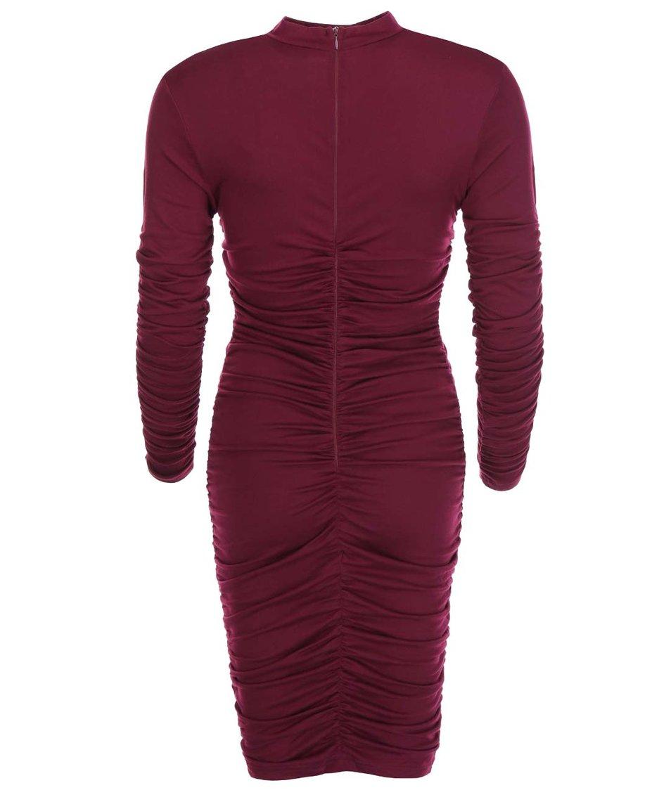 Fialovovínové přiléhavé šaty s nařasením AX Paris