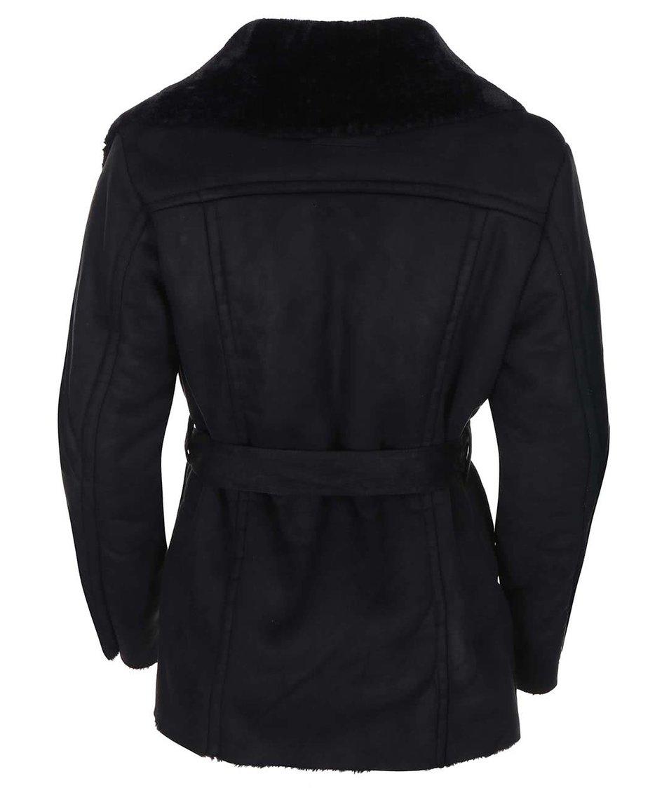 Černý kratší kabát s umělým kožíškem VILA Aviate