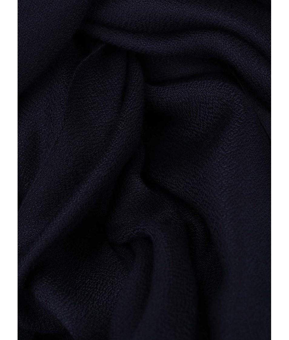 Tmavě modrá šála s třásněmi Vero Moda Sofia