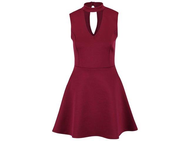 2b55a029f9d1 Vínové šaty s véčkovým výstrihom Lipsy