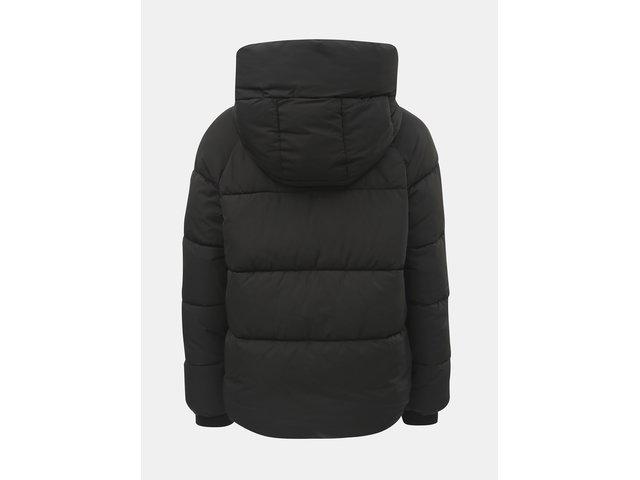 Černá zimní prošívaná bunda ONLY Mari  89068bbbd12