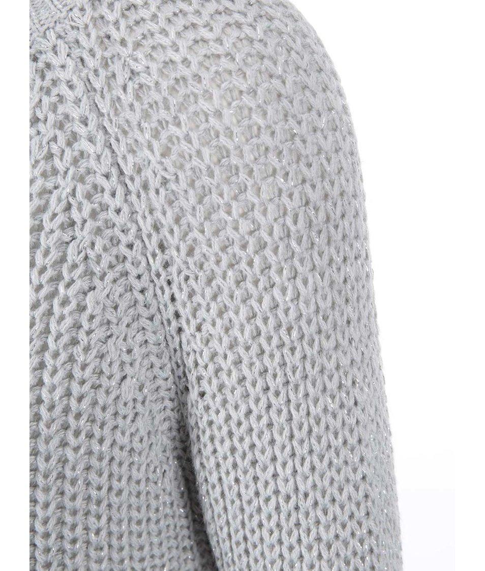 Světle šedý volný svetr s přidanou nití ve stříbrné barvě ONLY Ana