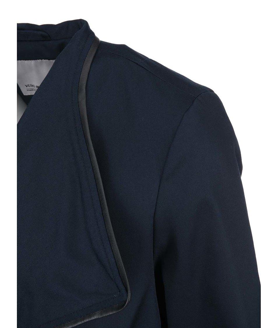 Tmavě modrý kabát se zavazováním Vero Moda Vivo