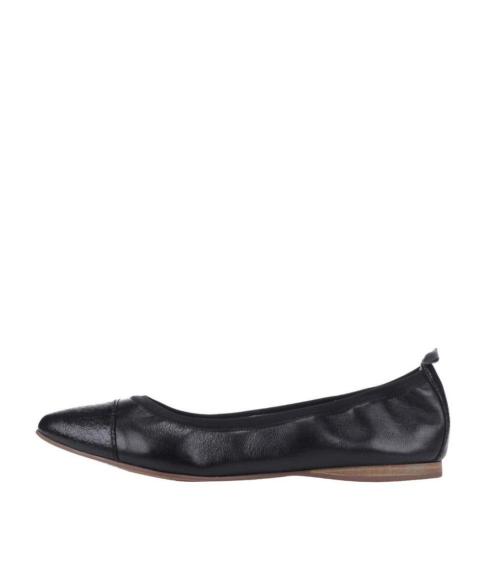 Černé kožené balerínky Tamaris