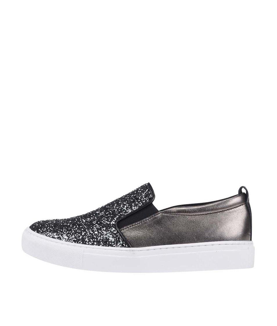 Loafers v platinové barvě s třpytivým nártem Tamaris