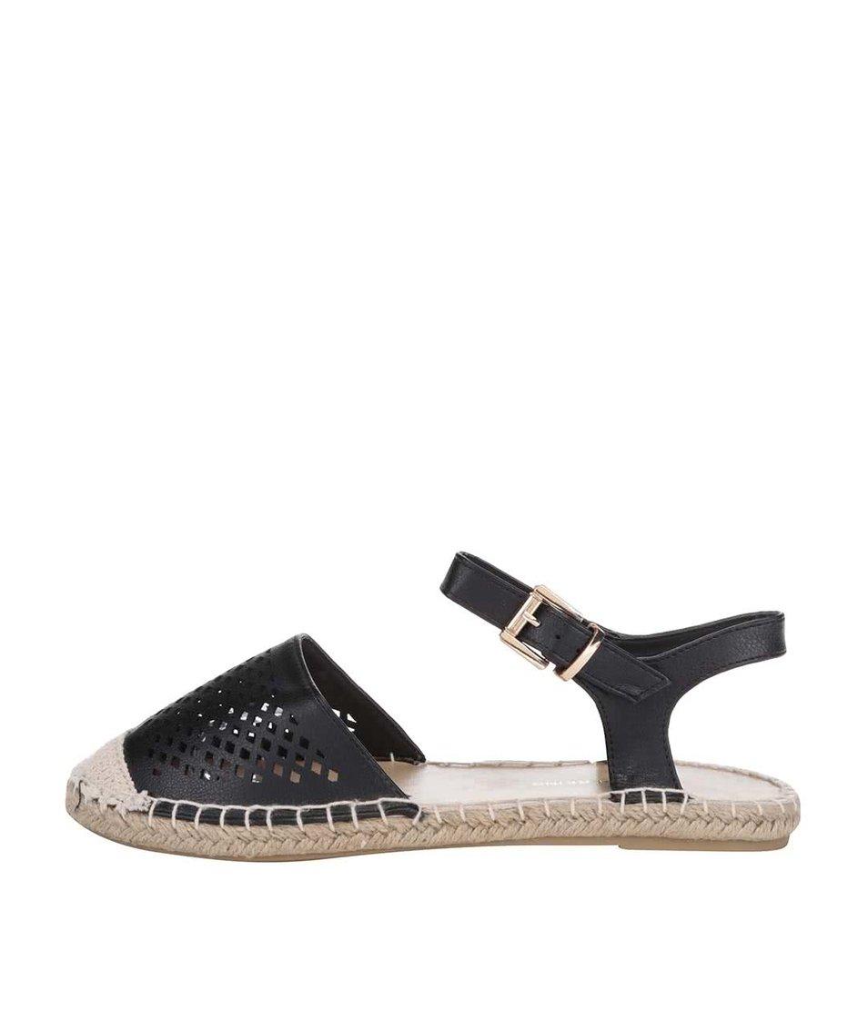 Černé sandálky s perforovanou špičkou Dorothy Perkins