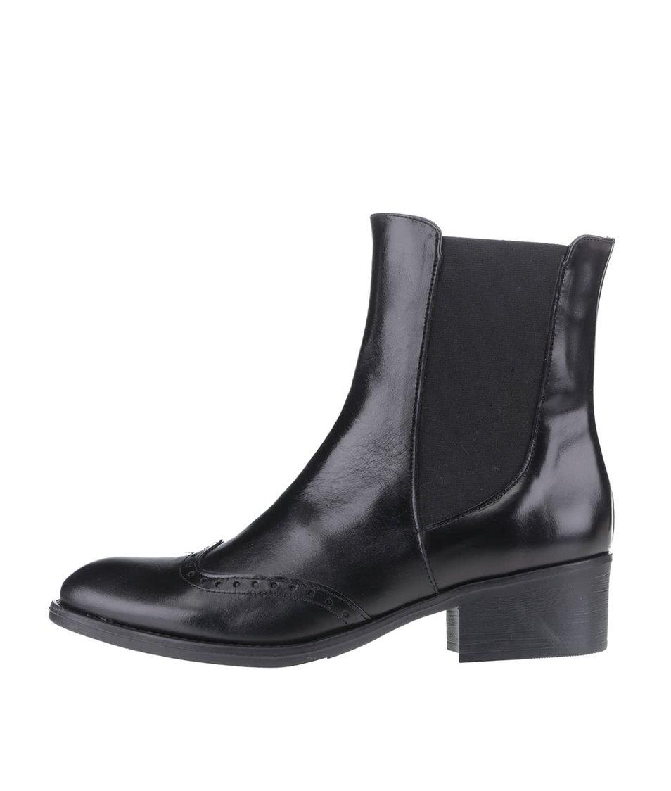 Černé kožené vyšší kotníkové boty OJJU