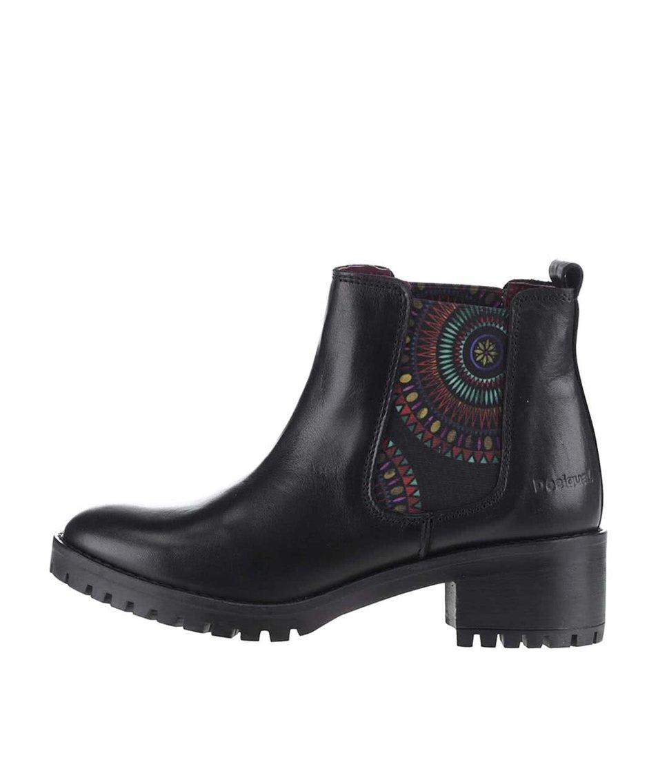 Černé chelsea boty s barevným vzorem Desigual Charly