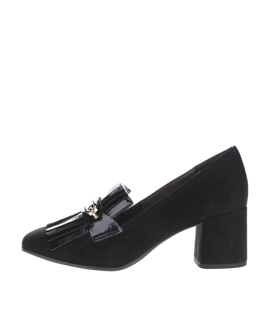 Černé boty na podpatku v semišové úpravě s ozdobou Tamaris