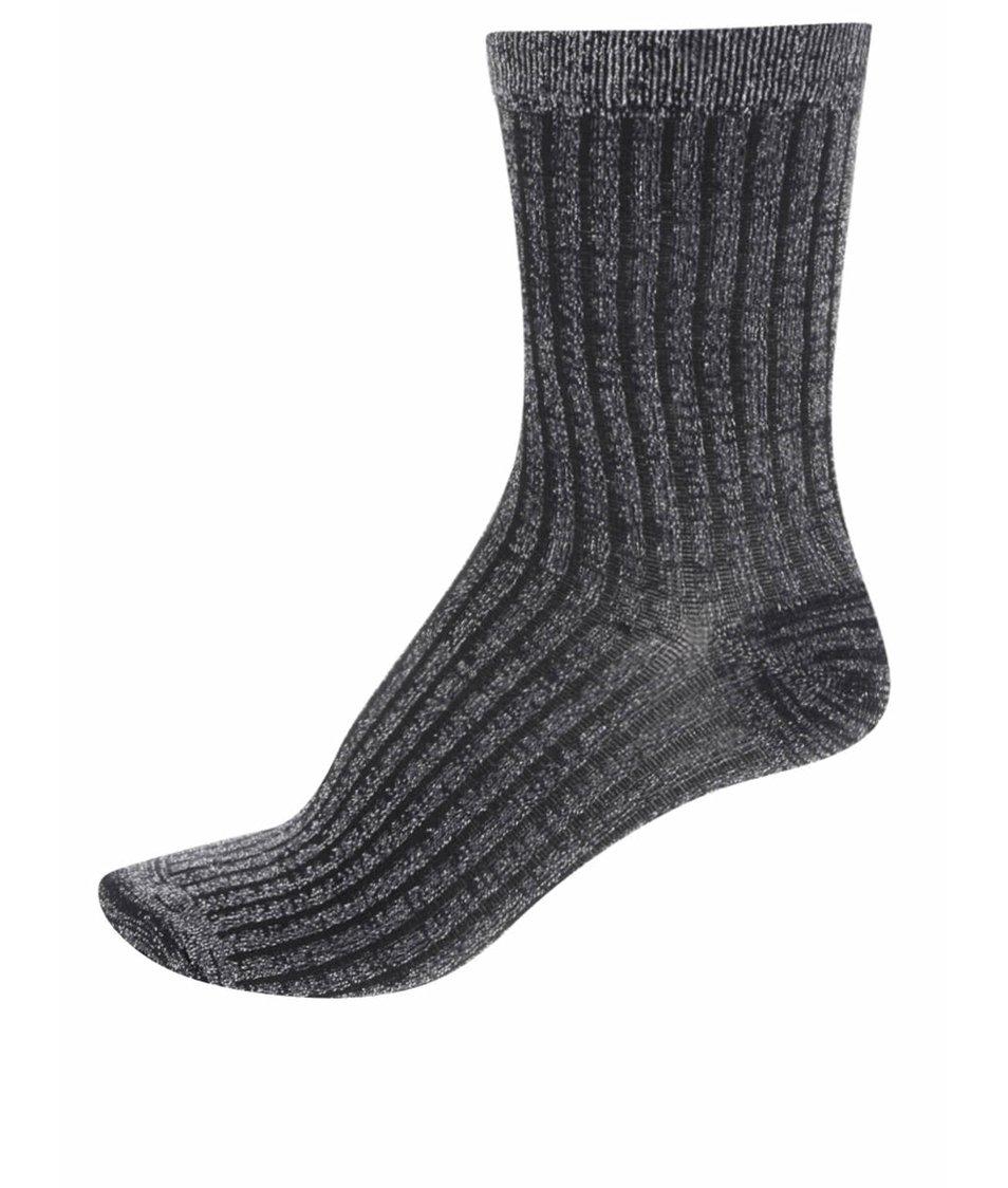 Třpytivé ponožky ve stříbrno-černé barvě Vero Moda Glitter