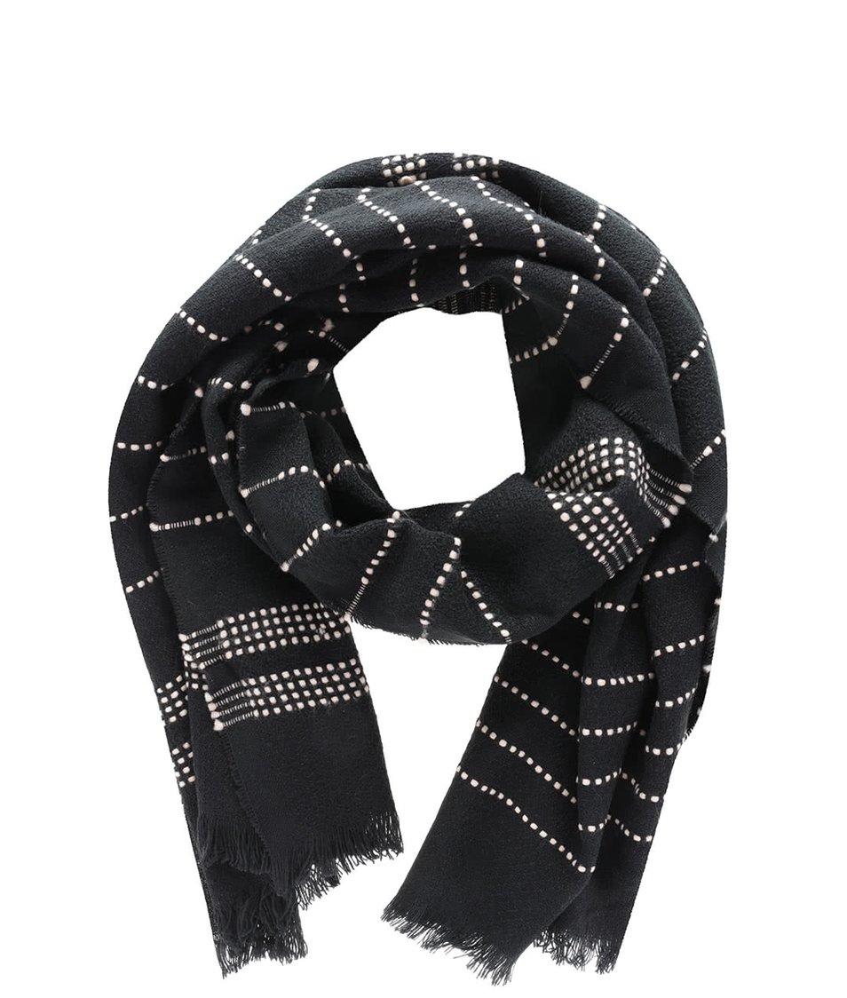 Černá lehká šála s přerušovanými krémovými pruhy Vero Moda Lisa