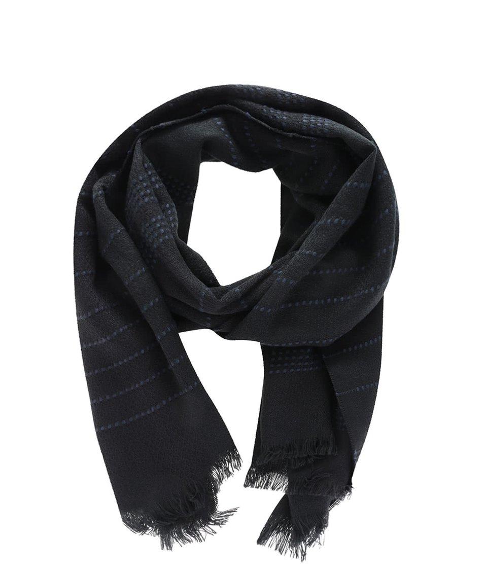 Černá lehká šála s přerušovanými modrými pruhy Vero Moda Lisa