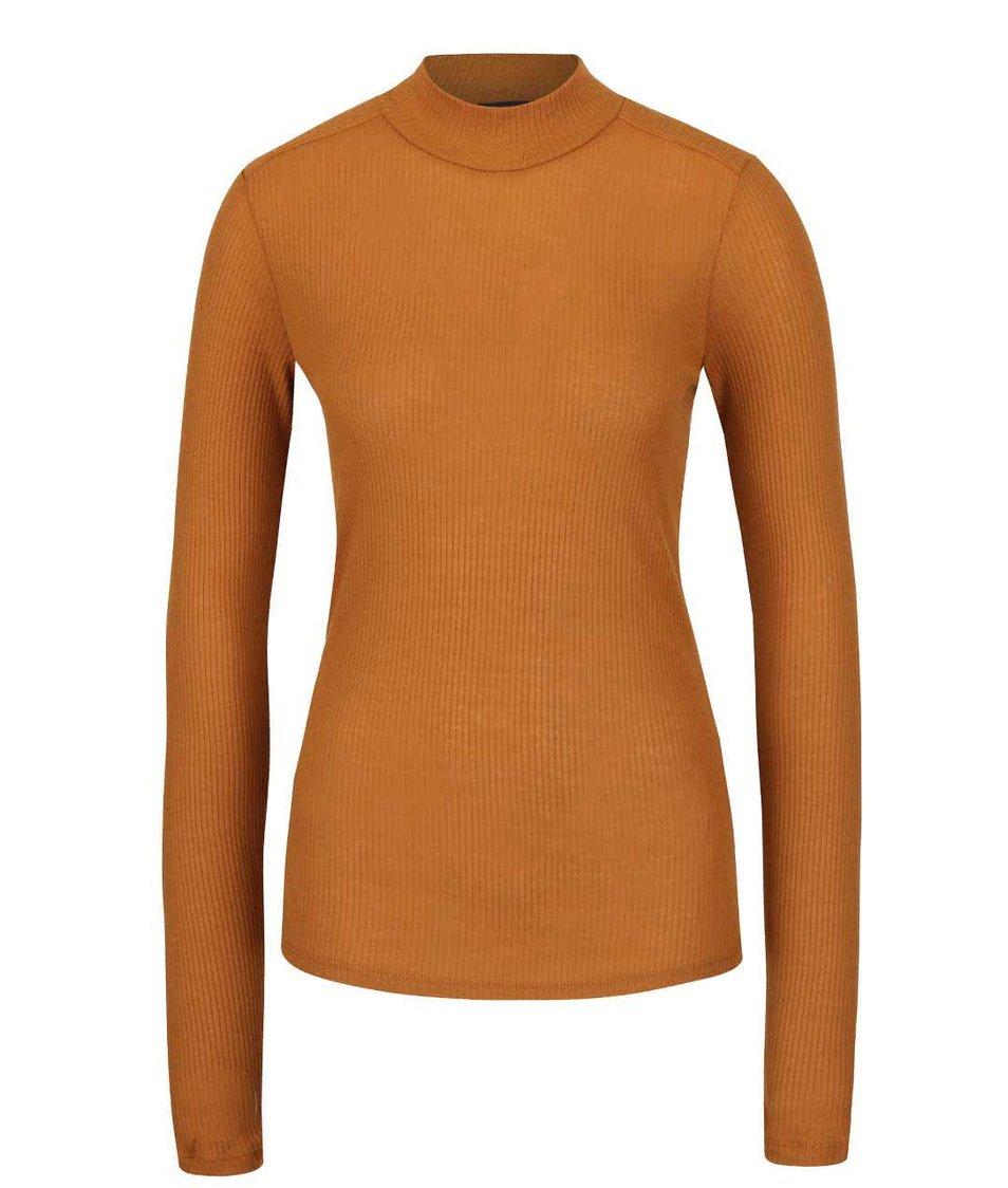 Světle hnědé tričko s dlouhým rukávem gsus