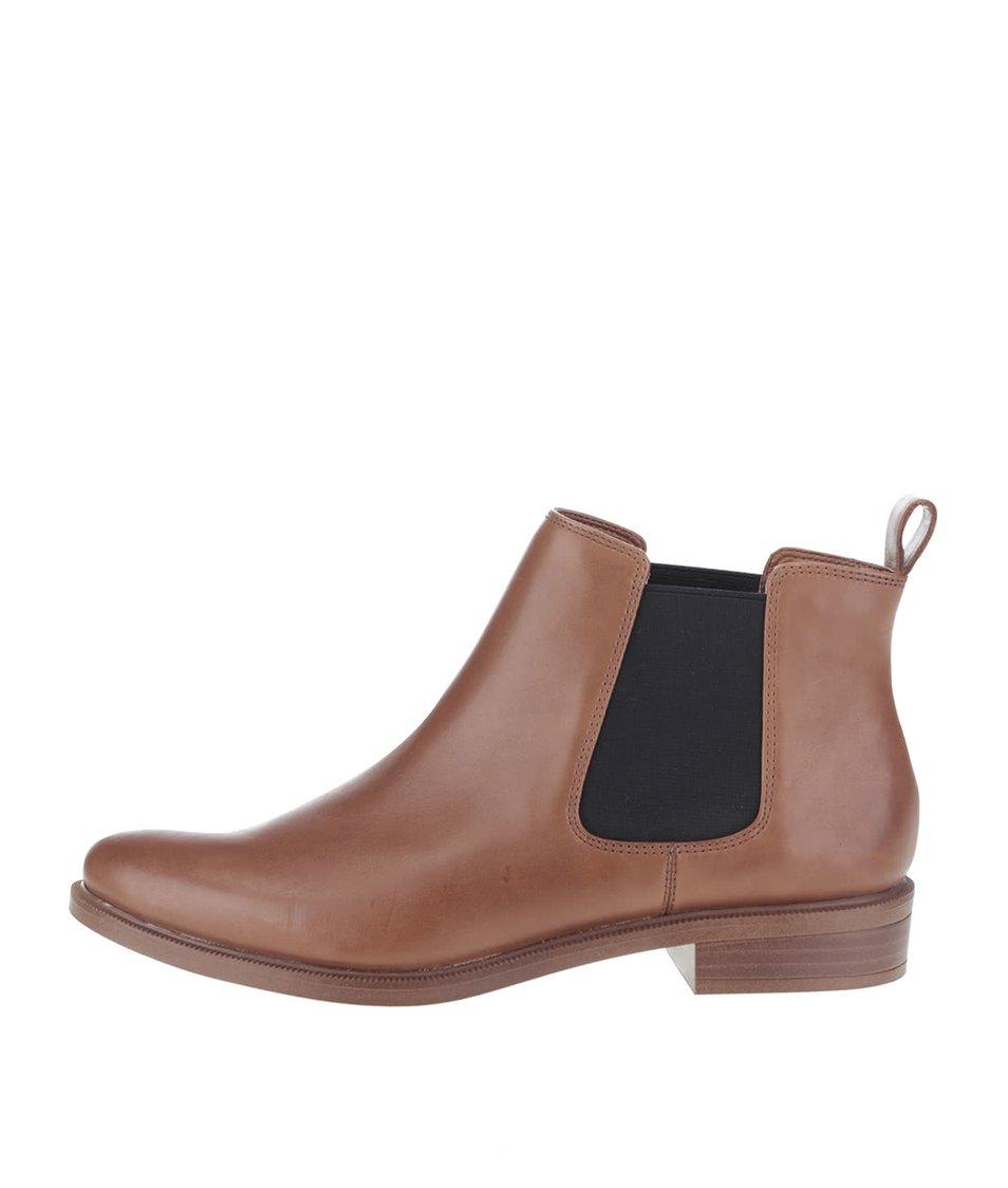 Hnědé dámské kožené chelsea boty Clarks Taylor