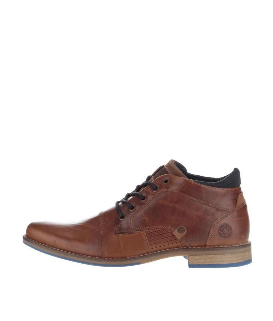 Hnědé pánské kožené kotníkové boty s tmavě modrými detaily Bullboxer