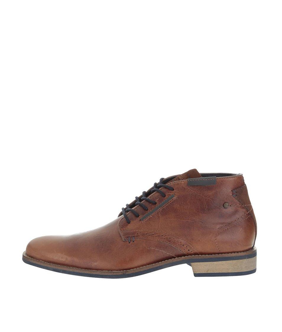 Hnědé pánské kožené kotníkové boty s prošívanými detaily Bullboxer