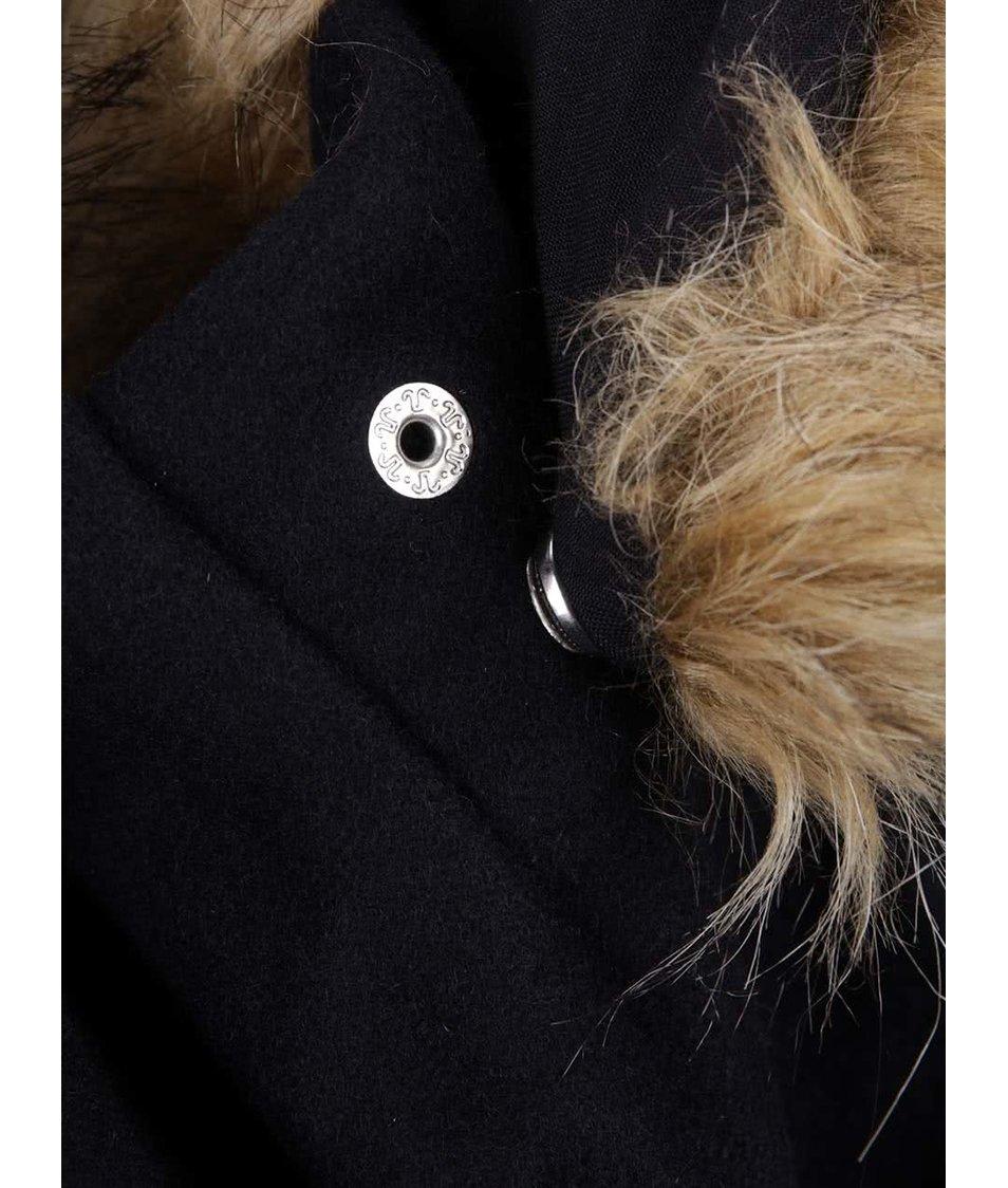 22de6d39b55 ... Tmavě modrý dámský vlněný kratší kabát s umělým kožíškem Superdry ...