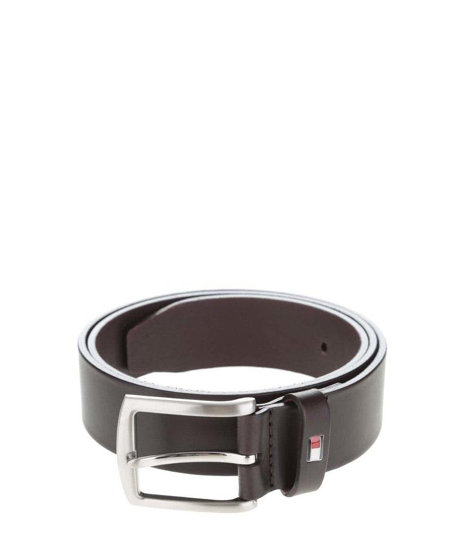 Tmavě hnědý pánský kožený pásek s klasickou sponou Tommy Hilfiger